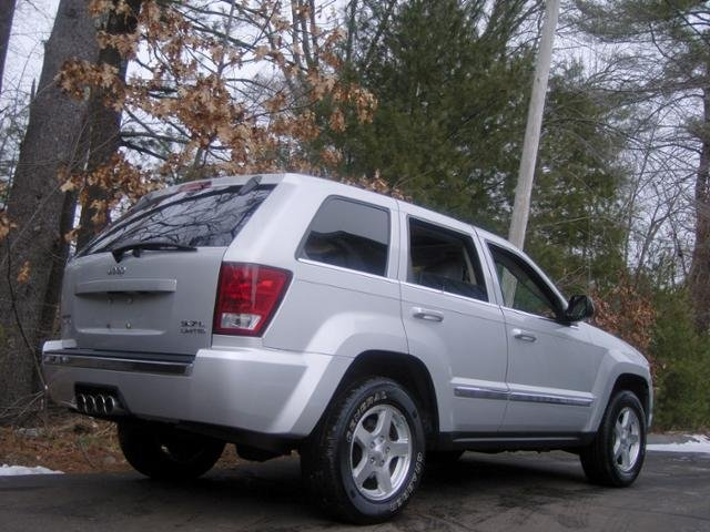Showcase cover image for 98cherokee5.9's 2005 Jeep GRAND CHEROKEE 5.7 LIMITED