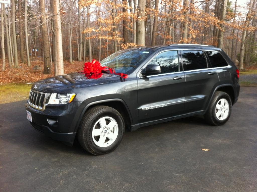 Showcase cover image for kelseyanne's 2012 Jeep Grand Cherokee