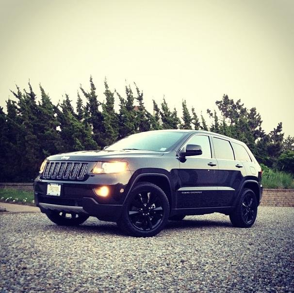 Showcase cover image for winsch's 2012 Jeep Grand Cherokee