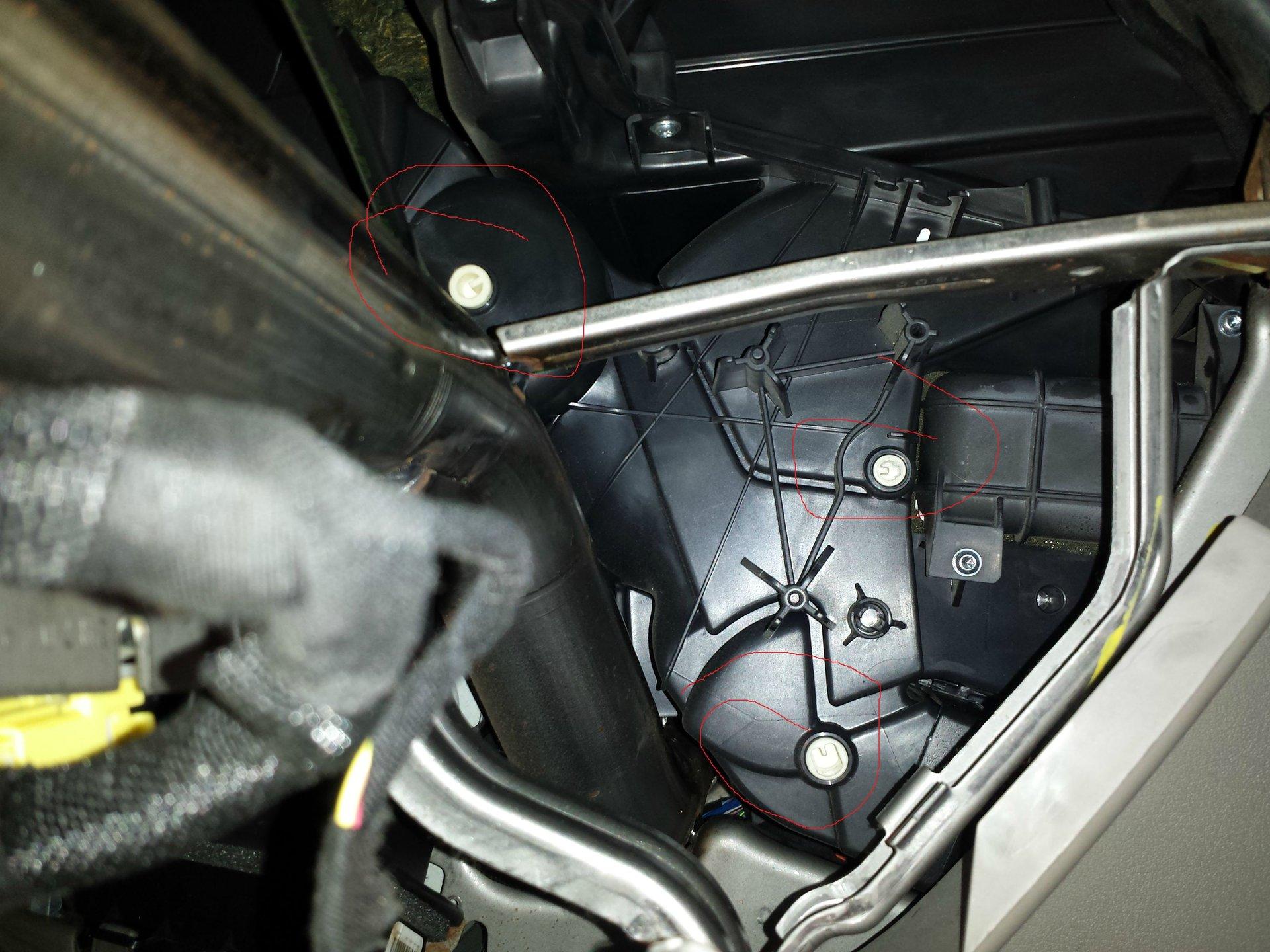 2005 Jeep grand cherokee 4 7 Weird air Conditioner Problem