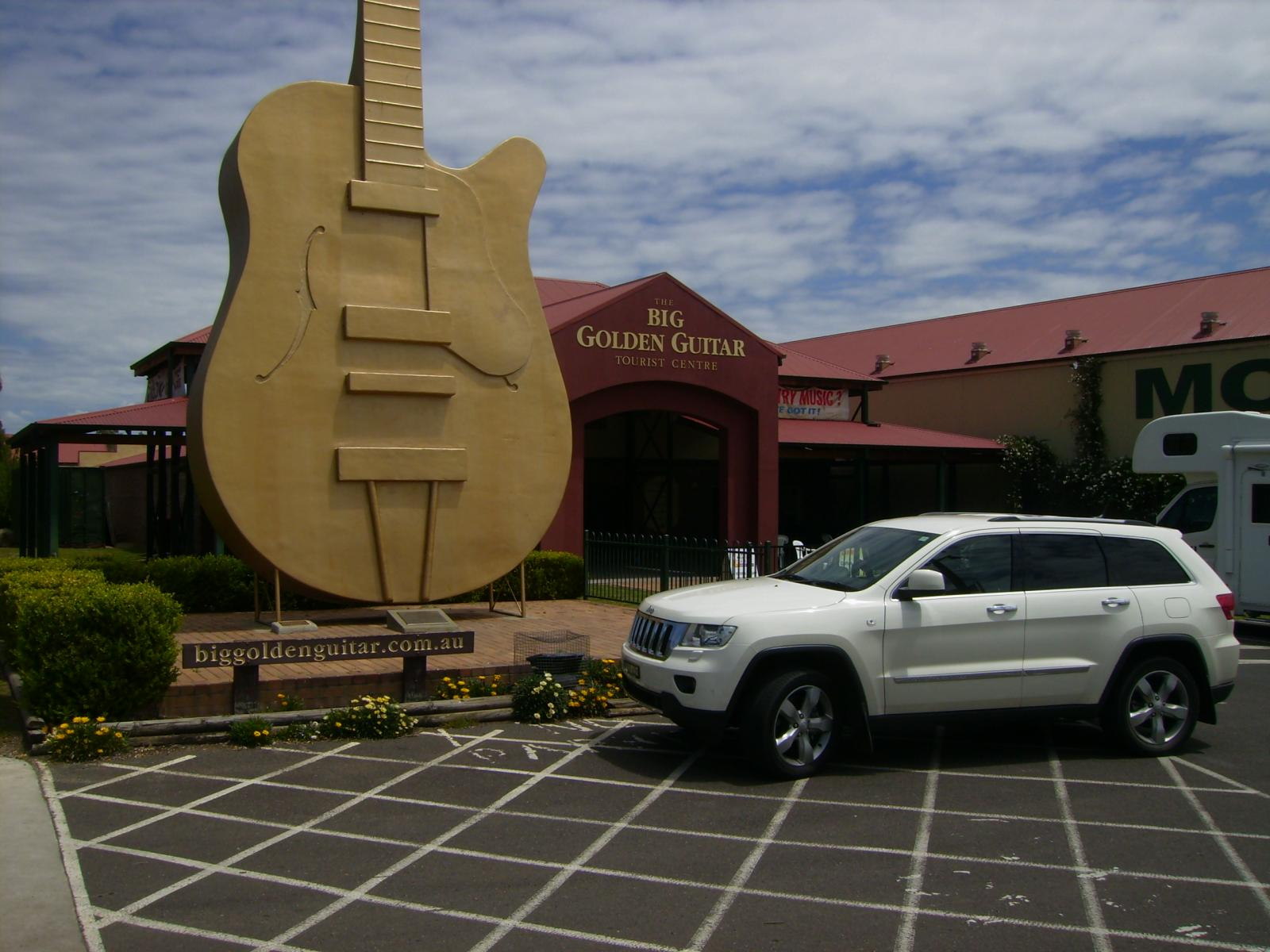 Tamworth, our country music capital.