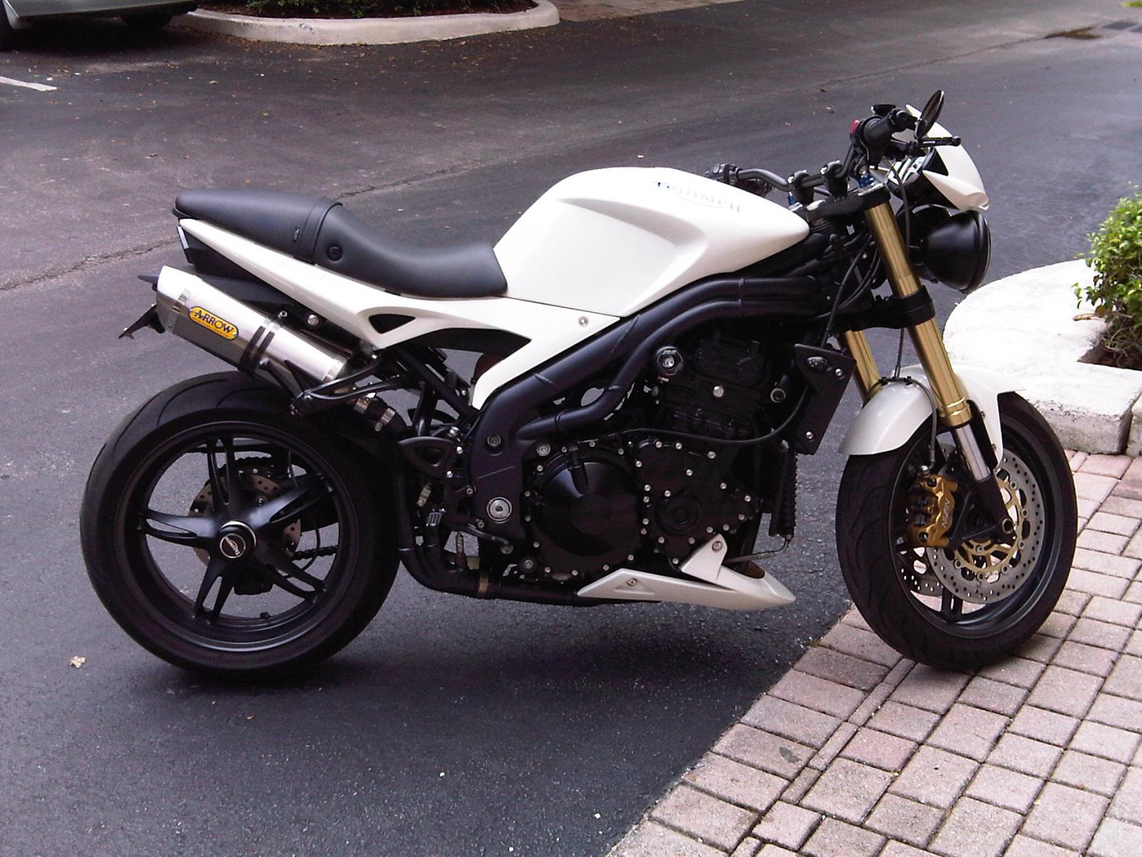 Triumph Speed Triple   2006 (6)